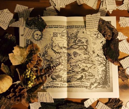 """Karte aus """"Der schwarze Thron - Die Schwestern"""""""